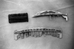 Shetland Museum Collection. Artefacts. Combs.