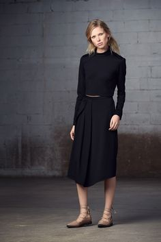 http://www.fashionsnap.com/collection/tibi/2015-16aw-pre/gallery/index22.php