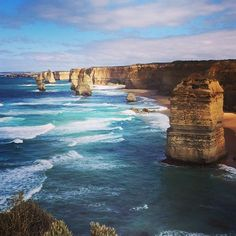 Finally made it to the Twelve Apostles and the Great Ocean Road... it didn't disappoint. Road trips are fun   #greatoceanroad #12apostles #portcampbell #vwcruising #adelaidetomelbourne by nickywilliamspt