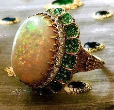 At oakgem.com #vintage #buccellati #gold #emerald #diamond #opal #ring #jewelry #vintagejewelry