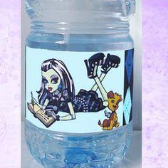 etiquette bouteille Monster high frankie-stein nous pouvons insérer un texte , une date , un évènement sur vos étiquettes gratuitement !!!!