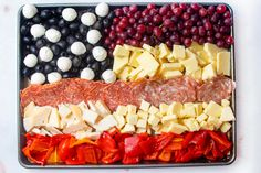 Antipasti American Flag Pizza Appetizers, Appetizers For Party, Appetizer Recipes, Giada Recipes, Cooking Recipes, Italian Pasta Recipes, Food Festival, Antipasto, Party Snacks