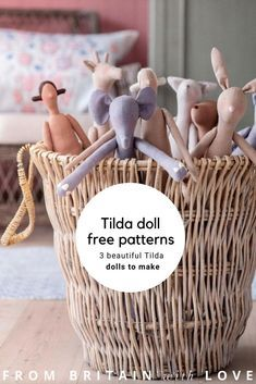 Doll Patterns Free, Doll Sewing Patterns, Sewing Dolls, Doll Clothes Patterns, Free Pattern, Handmade Dolls Patterns, Crochet Patterns, Sewing Stuffed Animals, Stuffed Toys Patterns