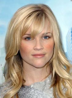 Long, Bangs @ Hair Color and Makeover Inspiration Curly Hair With Bangs, Long Bangs, Hairstyles With Bangs, Pretty Hairstyles, Curly Hair Styles, Layered Hairstyles, Heart Hairstyles, Long Layers With Bangs, Wavy Layers