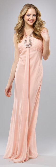 Love the peach color nice dress
