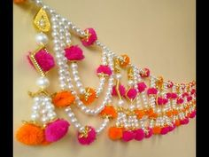 Holi Craft Idea, How to make a Colorful Pearl Bandhanwar for Holi, Easy Pearl Toran, DIY Moti Toran Diwali Decoration Items, Thali Decoration Ideas, Diwali Decorations At Home, Handmade Decorations, Wall Decor Crafts, Wall Hanging Crafts, Diy Hanging, Diwali Diy, Diwali Craft