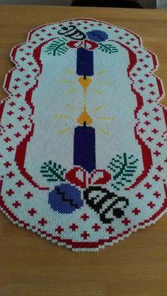 Perler Bead Designs, Perler Bead Art, Fuse Beads, Pearler Beads, Hama Beads Patterns, Beading Patterns, Noel Christmas, Christmas Crafts, Christmas Perler Beads