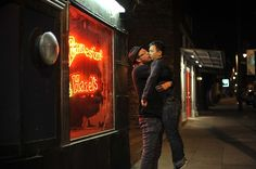 Hilarious Self-Portraits of a Stoic Man Being Kissed By Strangers - My Modern Metropolis