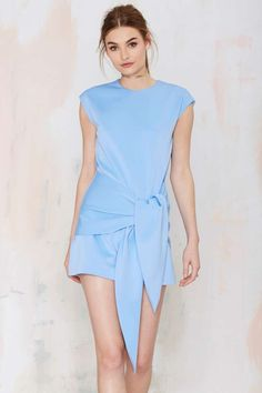 Cameo Hands On Tie Dress | Shop Clothes at Nasty Gal!