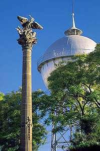 Independence column in Celaya - Tour By Mexico ®  http://www.tourbymexico.com/guana/celaya/celaya.htm