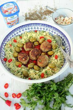 SŁODKI KOMPROMIS: Jagnięce pulpety w sosie z kiszonych pomidorów z ziołowym kuskusem