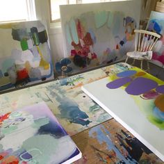 My little #art #studio in the woods is getting crowded. There's even stuff UNDERNEATH the table... Not an inch of wasted space! #clairedesjardins #quebecartist #artiststudio #artinprogress