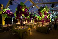 Cloth Connection and BBJ provided linens that matched the purple-and-green color scheme. Photo: Tay Kaune Photography