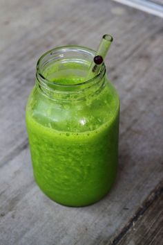 Favorite Slim-Down Smoothie: 1-2 bananas, 1/2 cup frozen peaches, 1/2 cup frozen mango, a couple handfuls of spinach, water, ice