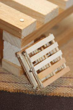 Table industriel et palettes