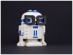Nerdly R2-D2 | by Palixa And The Bricks