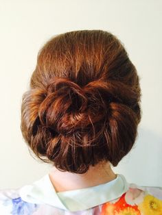 A collection of neat barrel curls. July Wedding, Wedding 2015, Barrel Curls, Vintage Looks, Wedding Hairstyles, Vintage Fashion, Collection, Wedding Hair Half, Fashion Vintage