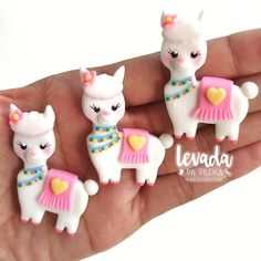 Pasta Art Ideas Cold Porcelain 42 Ideas For 2019 Cute Polymer Clay, Polymer Clay Animals, Cute Clay, Fimo Clay, Polymer Clay Charms, Polymer Clay Projects, Clay Crafts, Polymer Clay Jewelry, Pasta Art