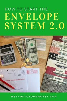 This Dave Ramsey approved envelope system provides the best of both worlds when it comes to budgeting for frugal living, saving money, and getting out of debt. Dave Ramsey Envelope System, Cash Envelope System, Envelope Budget System, Living On A Budget, Frugal Living Tips, Frugal Tips, Bill Organization, Organization Ideas, Planning Budget