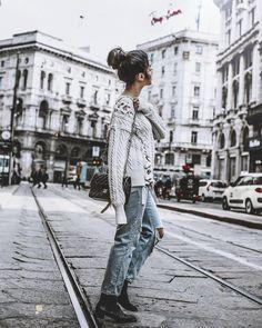 https://www.instagram.com/p/BStBLIejKBm/?taken-by=mowoblog - Denim & knitwear, milano ootd, ootd, styleblogger, danish blogger, fashion blogger