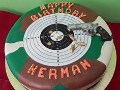 Camo cake with gun revolver bullets target shooting Revolver, Target Birthday Cakes, 10th Birthday, Birthday Ideas, Camo Cakes, Cakes For Boys, Bullets, How To Make Cake, Cake Ideas