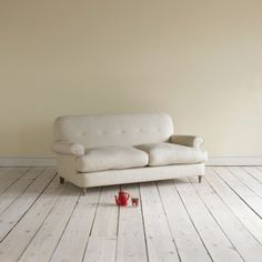 Small Blinder - Comfy, Contemporary Sofas Online Blinder in thatch house fabric - Sofas | Loaf
