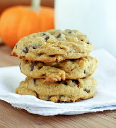 Paleo Pumpkin Cookies - Moms Need To Know ™ - Typical almond flour, almond butter, honey paleo things. sure looks good though...