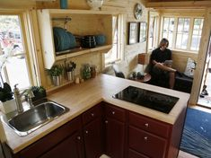 This Tiny House On Wheels Is Nicer Than Most Studio Apartments - Business Inside. - House Plans, Home Plan Designs, Floor Plans and Blueprints Mini Loft, Tiny House Movement, Tiny House Plans, Tiny House On Wheels, Inside Tiny Houses, House Inside, Tumbleweed Tiny Homes, Studio Kitchen, Tiny Spaces
