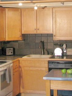 #KitchenCabinets – Classy in look, affordable in pricing  http://modular-kitchens.com/kitchen.html