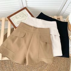 Trouser Pants, Hot Pants, Look Fashion, Womens Fashion, Plain Dress, Mom Jeans, Short Dresses, Tulum, Chic