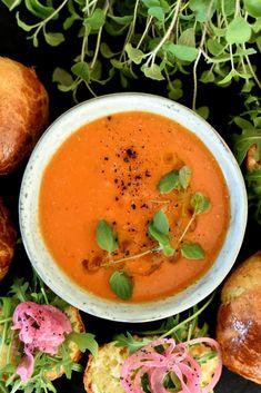 Veggie Soup, Thai Red Curry, Cantaloupe, Veggies, Fruit, Ethnic Recipes, Vegetable Recipes, Vegetables