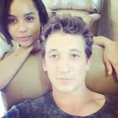 Pin for Later: Get Ready For Insurgent With Behind-the-Scenes Pics Miles Teller (Peter) and Zoë Kravitz (Christina) took a picture together. Divergent Fandom, Divergent Funny, Divergent Trilogy, Miles Teller, Interracial Couples, Popsugar, David Mazouz, Divergent Insurgent Allegiant, Female Fighter