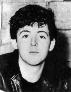 Google Image Result for http://images1.fanpop.com/images/photos/1400000/Young-Paul-paul-mccartney-1474617-462-600.jpg