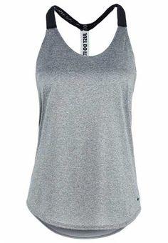 Tenemos Justo La Camiseta Deportiva Para Mujer Aunque pensemos que una camiseta…
