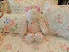 Chenille teddy bear Im more in love with the cushion on the left. Chenille Bedspread, Chenille Fabric, Chenille Crafts, Chenille Blanket, Fabric Crafts, Baby Crib Bedding, Baby Pillows, Chelsea Doll, Doll Beds