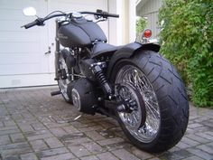 8 Mighty Clever Ideas: Harley Davidson Dyna Bobber harley davidson forty eight sissy bar.Harley Davidson Forty Eight Sissy Bar harley davidson shovelhead for sale.Harley Davidson V Rod Models. Harley Davidson Chopper, Harley Davidson Kunst, Harley Davidson Kleidung, Harley Davidson Birthday, Harley Davidson Signs, Harley Davidson Forum, Harley Davidson Tattoos, Harley Davidson Wallpaper, Harley Bobber