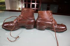 For sale here is a very nice pair of worn US WW2 Ankle Combat Boots. The boots are a size 9D and are complete with original laces. The lace ends have been cut off. There are 9 pairs of eyelets on each boot. | eBay!