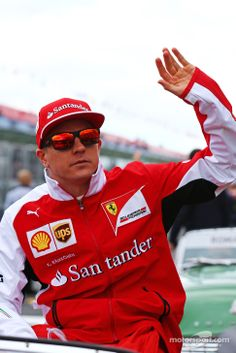 Kimi Räikkönen - 2014 Australian Gp drivers' parade