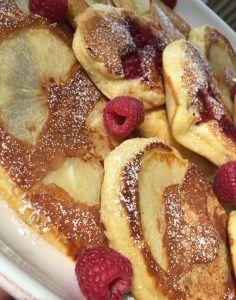 Fluffige Joghurt-Apfel Pancakes Fluffy Yogurt Apple Pancakes – Tasty Matter Related posts: Apple cheesecake dessert in glass recipe Apple Pie Stäbchen Fluffy Puffs Yogurt ice cream fast and delicious Healthy Dessert Recipes, Cookie Recipes, Breakfast Recipes, Dinner Recipes, Keto Snacks, Cookies Healthy, Pancake Recipes, Healthy Drinks, Brunch Recipes