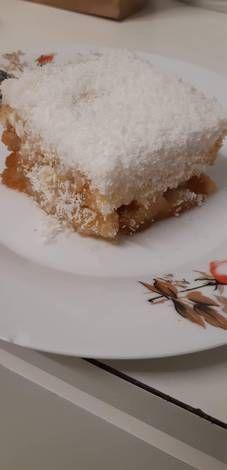 Γλυκό ψυγείου με καρύδα Vanilla Cake, Desserts, Food, Tailgate Desserts, Deserts, Meals, Dessert, Yemek, Eten