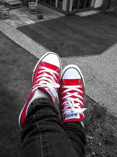 Beautiful, inspirational and creative images from Piccsy. Thousands of Piccs from all our streams, for you to browse, enjoy and share with a friend. Black White Photos, Black And White Colour, Color Splash, Color Pop, Red Converse, Simply Red, Red Shoes, Chuck Taylor Sneakers, Chuck Taylors