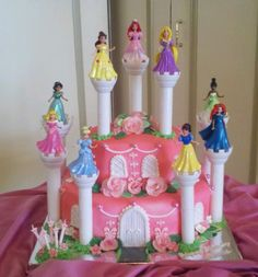 Princess Cake my aunts amazing cake!!!