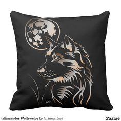 träumender Wolfswelpe Zierkissen