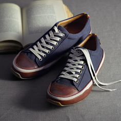 c82414f5019322 Fossil - Barrett Oxford (he wouldn t be caught dead in these but I