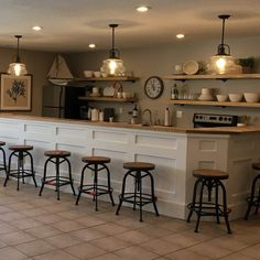 Create a well-planned kitchen lighting system that establishes the mood for cooking, consuming and entertaining. We will certainly motivate your kitchen lighting in various styles. Home Decor Kitchen, Basement Kitchen, Kitchen Remodel, Kitchen Decor, Interior Design Kitchen, Home Decor, Rustic Kitchen, Kitchen Renovation, Kitchen Design