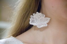 diy-lace-earrings