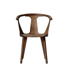 the name perfectly explains the premise of the chair thandtraditionin betwe chair aac22 roble lacado