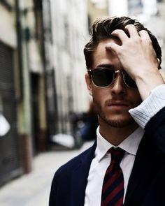 classic // #rayban #tie #shades