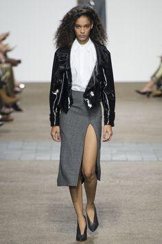 Topshop Unique Spring 2017 Ready-to-Wear Fashion Show - Luisana Gonzalez