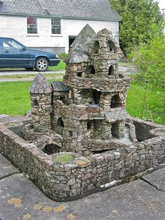 Harry Barber's Miniature Castles (1920s-66) by origamidon, via Flickr